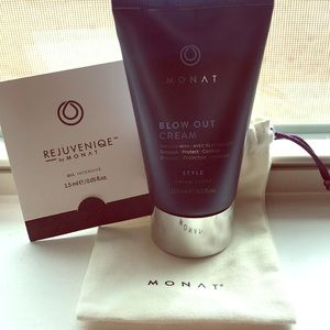 NWT- Blow Out Cream- Monat - w/ sample